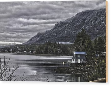 The Cove. Wood Print by Timothy Latta