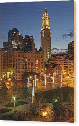 The Custom House Of Boston Wood Print by Juergen Roth