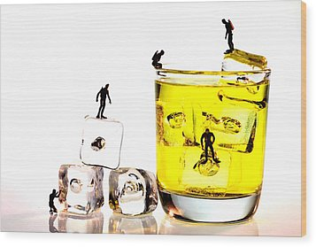 The Diving Little People On Food Wood Print
