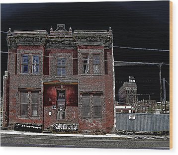 The Dumas Brothel - Butte Montana Wood Print by Daniel Hagerman