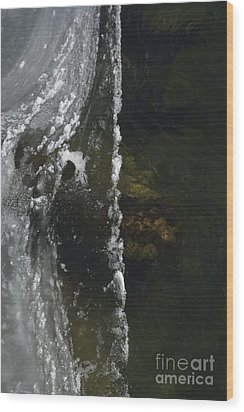 Wood Print featuring the photograph The Edge by Randy Bodkins
