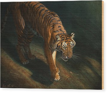 The Eye Of The Tiger Wood Print by Aaron Blaise