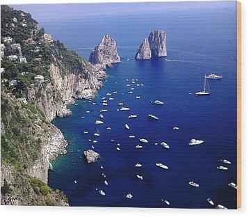 Wood Print featuring the photograph The Faraglioni Of Capri by Ze  Di