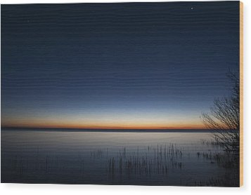The First Light Of Dawn Wood Print by Scott Norris