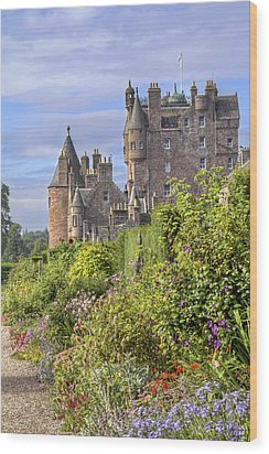 The Garden Of Glamis Castle Wood Print