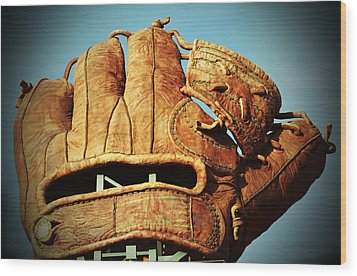 The Giants Glove Wood Print by Holly Blunkall