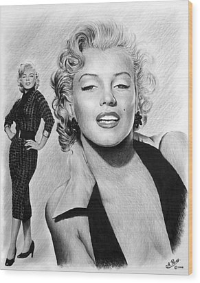 The Glamour Days Marilyn Monroe Wood Print by Andrew Read