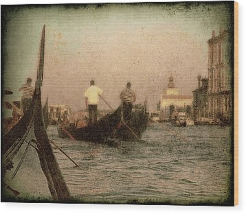 Wood Print featuring the photograph The Gondoliers by Micki Findlay