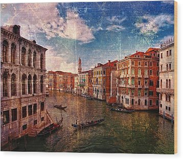 The Grand Canal Venice Italy Wood Print by Suzanne Powers