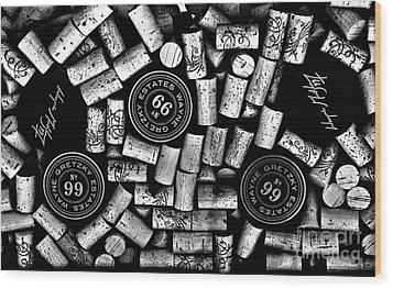 The Great One - Wayne Gretzky Estate Wines Wood Print by Andrea Kollo