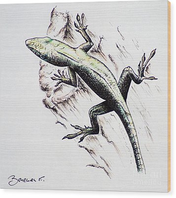The Green Lizard Wood Print by Katharina Filus