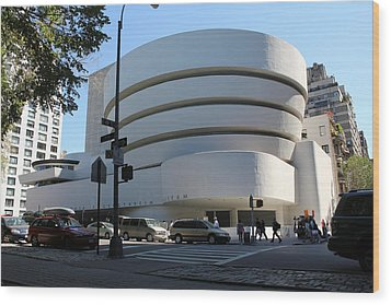 The Guggenheim Museum - New York Wood Print by David Grant