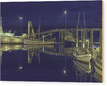 The Harbor At 1030pm Wood Print by Timothy Latta