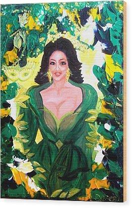 The Hawaiian Queen Wood Print by Carmen Doreal