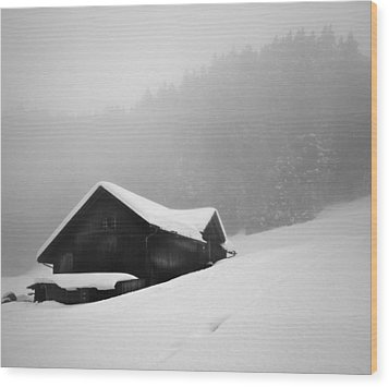 Wood Print featuring the photograph The House In The Mountain by Antonio Jorge Nunes