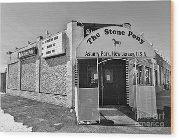 Wood Print featuring the photograph The House That Bruce Built - The Stone Pony by Lee Dos Santos