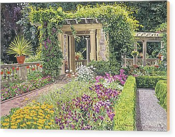 The Italian Gardens Hatley Park Wood Print by David Lloyd Glover