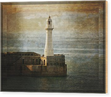 The Lighthouse Wood Print by Lucinda Walter