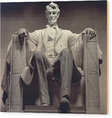 The Lincoln Memorial Wood Print by Daniel Chester French