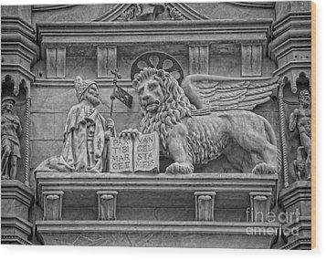 The Lion Of Saint Mark Wood Print by Lee Dos Santos