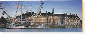 The London Eye And County Hall Wood Print by Rod McLean
