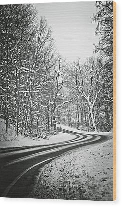 The Long Road Of Winter Wood Print