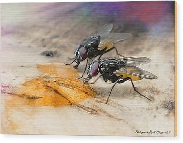 The Love Of Honey 01 Wood Print