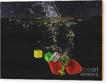 The Lucky 7 Splash Wood Print by Rene Triay Photography