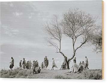 The Meeting Wood Print by Shaun Higson