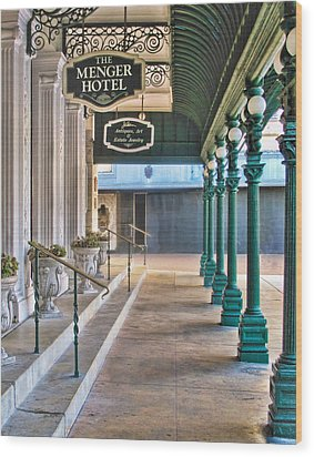 The Menger Hotel In San Antonio Wood Print by David and Carol Kelly