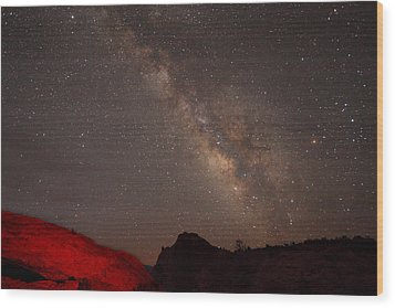 The Milky Way Over Mesa Arch Wood Print by Alan Vance Ley