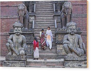 The Nyatapola Temple At Bhaktapur In Nepal Wood Print by Robert Preston