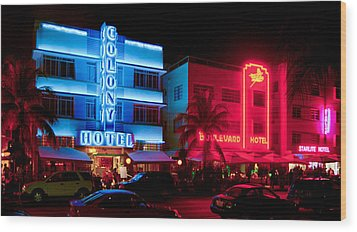 The Ocean Drive Wood Print by Gary Dean Mercer Clark
