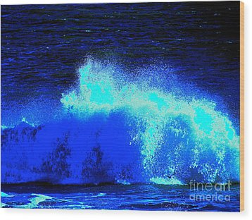 The Ocean Knows Wood Print by Q's House of Art ArtandFinePhotography