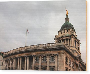 The Old Bailey London Wood Print