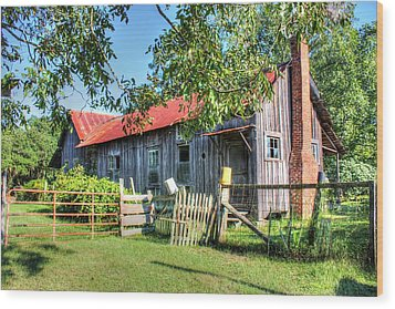 Wood Print featuring the photograph The Old Home Place by Lanita Williams