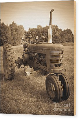 The Old Tractor Wood Print by Edward Fielding