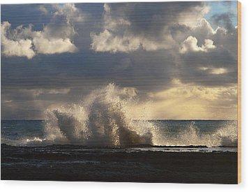 The Pacific Calms Down Wood Print by Joe Schofield