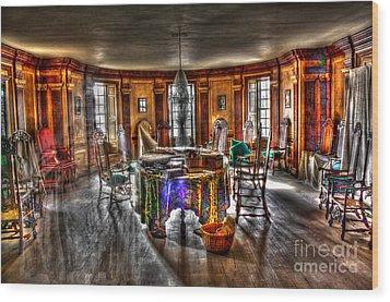 The Parlor Visit Wood Print by Dan Stone