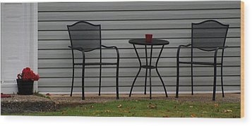 The Patio In Living Color Wood Print by Rob Hans