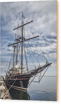 The Peacemaker Tall Ship Wood Print by Dale Kincaid