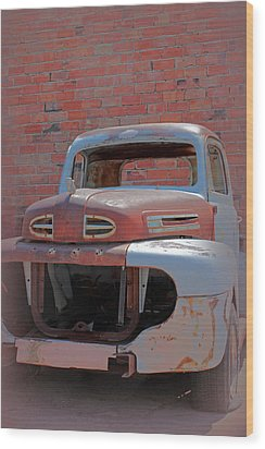 Wood Print featuring the photograph The Pick Up by Lynn Sprowl