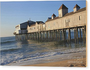 The Pier Wood Print by Michael Mooney