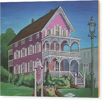 The Pink House In Cape May Wood Print by Melinda Saminski