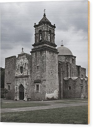 Wood Print featuring the photograph The Queen Of Missions II by Andy Crawford