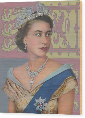 Wood Print featuring the photograph The Queen by Roy  McPeak