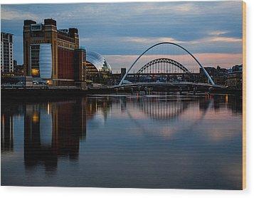 The River Tyne Wood Print by Danny Brannigan