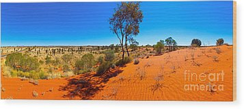 The Road To Uluru Wood Print by Bill  Robinson