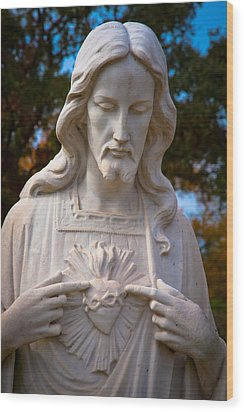 The Sacred Heart Wood Print by Linda Unger