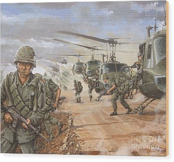 The Screaming Eagles In Vietnam Wood Print by Bob  George